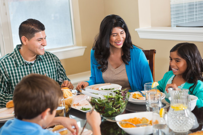 Children grow up with better self-esteem & confidence while eating together as family