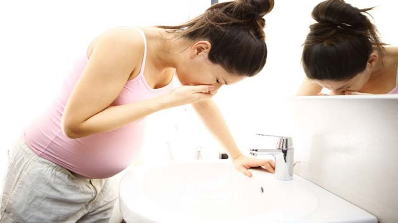 Eat something before getting out of bed during morning sickness periods